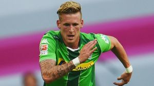 Hrgota and Hahn shine as Möchengladbach put one foot in Europa League