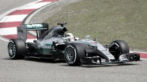 F1, Gp Cina: vince Hamilton