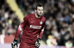 Handanović agrees new deal with Inter