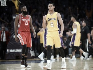 Houston Rockets' opener doesn't inspire confidence
