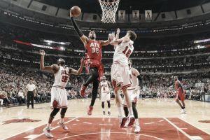 Los imparables Hawks tampoco ceden en Chicago