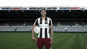 Newcastle United confirm Isaac Hayden signing