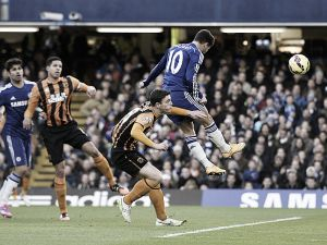 Bruce accuses Cahill of diving, Mourinho satisfied with the three points