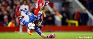 Casillas iguala a Xavi como jugador que más partido suma en Champions League