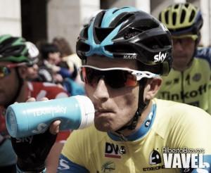"""Sergio Henao: """"Contador es digno de admirar por su forma de correr y su amor propio"""""""
