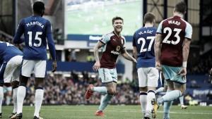 Previa Burnley - Everton: revelación vs decepción