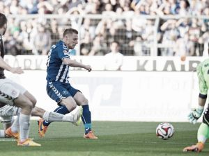 Karlsruher SC 3-0 St. Pauli: Hennings helps hosts to close gap on third