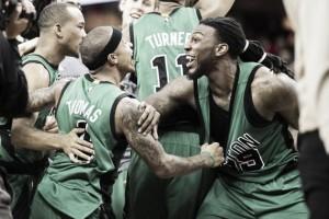 Los Celtics arrasan, los Hornets decepcionan