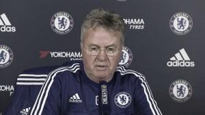 Hiddink: ''La cuarta plaza puede ser un objetivo, pero tenemos que ir paso a paso''