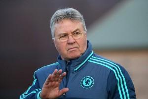 Hiddink: ''No podemos tomarnos el partido ante el Stoke como un calentamiento''