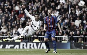 Özil guía la goleada del Real Madrid