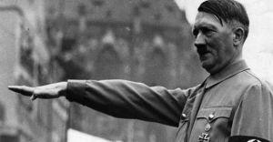 El adiós de la prensa española a Adolf Hitler