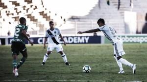 """Kleina questiona a arbitragem com derrota e valoriza o time: """"Até criamos a chance do empate"""""""