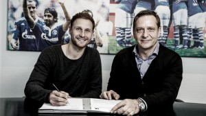 Höwedes commits future to Royal Blues