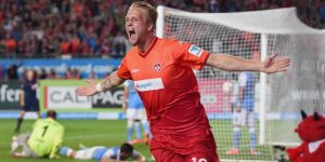 Ten man Kaiserslautern sensationally comeback to defeat 1860 Munich.