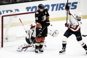Braden Holtby faces critical start against New York Islanders