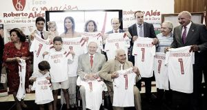 Cálido homenaje para Roberto Alés