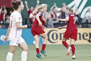Portland Thorns FC defeat the Houston Dash 3-1 to end Week 16