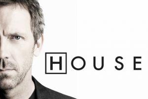 Concurso 'House': sorteamos dos bolsas de viajes de la ficción deHugh Laurie