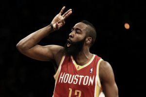 Los Rockets se adueñan de la línea de tres