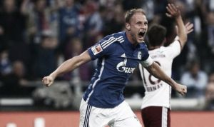 Schalke 04 1-1 FC Bayern Munich: Heroic Höwedes rescues point for Schalke