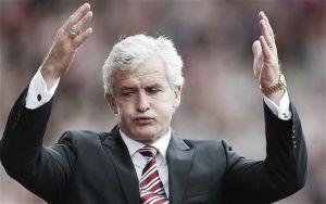 """Mark Hughes: """"Tenemos que aceptar que hoy el Arsenal ha sido el mejor"""""""