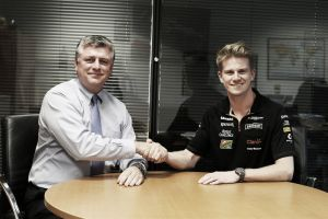 Nico Hülkenberg renueva con Force India para 2015