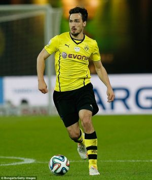 Arsenal preparing Hummels bid