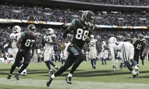 Jaguars hold off late Colts charge to grab their first win of 2016