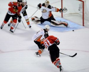 Chicago Blackhawks Force Game Seven; Hand Anaheim First Regulation Loss Of Postseason