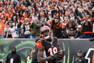 Cincinnati Bengals Drub St. Louis Rams, 31-7, Behind Two Touchdowns From A.J. Green