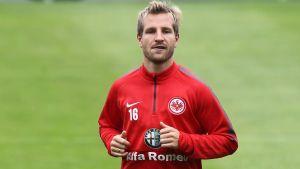 Aigner extends his contract at Frankfurt