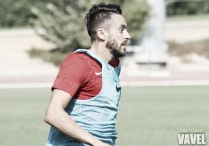 Iago Díaz se marcha del Almería tras rescindir contrato