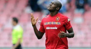 Víctor Ibarbo aportó con gol en la victoria del Cagliari