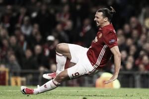 """Ibrahimovic descarta aposentadoria após grave lesão no joelho: """"Desistir não é uma opção"""""""