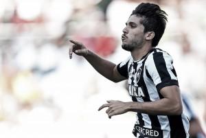 Botafogo renova contrato de Igor Rabello