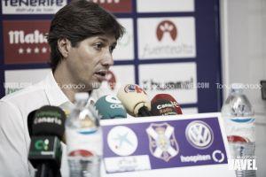 Serrano aclara la polémica sobre la renovación de Vitolo