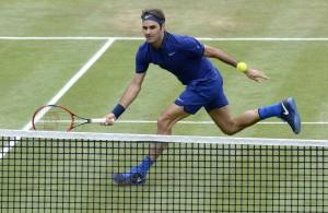ATP Halle: Roger Federer batte Struff in due set e vola al secondo turno