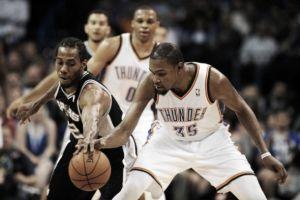 Resumen NBA: 'Russ' y 'KD' anotan 91 puntos y Warriors repiten resultado contra sus Rockets