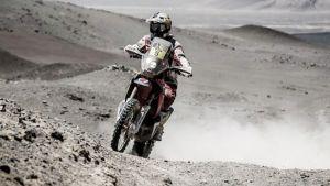 Dakar 2015, si aggiudica la 9° tappa Rodrigues (Honda). Gallegos ( Honda) mette in riga tutti nei quad