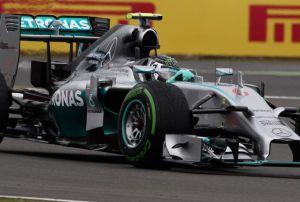Qualifiche F1 Spa-francorchamps: In condizioni critiche Rosberg mette in fila tutti