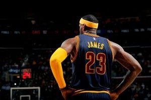 LeBron oficializa la candidatura de sus Cavaliers