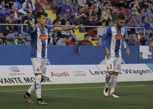 Rubén Duarte y Hernán Pérez acabaron el encuentro ante el Levante con molestias