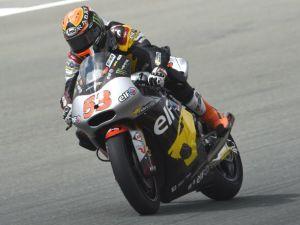 Moto2: Tito Rabat firma pole e record a Brno