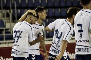 El Tenerife deja buenas sensaciones y vence a la UD Las Palmas