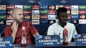 """Bosz: """"El Ajax debe clasificarse para la Champions League"""""""