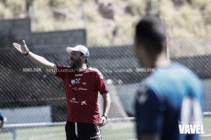 """Raúl Agné: """"Mi obligación es hacer rendir a los jugadores que están aquí"""""""