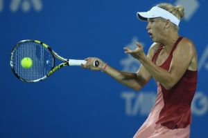Wozniacki y Svitolina a semifinales de Wuhan