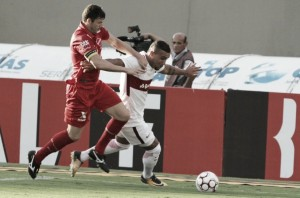 Com gol no fim, Vila Nova bate Internacional e sobe ao G-4 da Série B