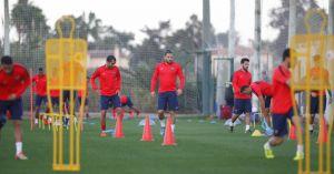 Ghilas regresa al entrenamiento con la sorpresa de Iván López
